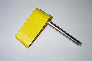 Flipper - Small Yellow with Shaft