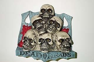 Scared Stiff - Skull Pile